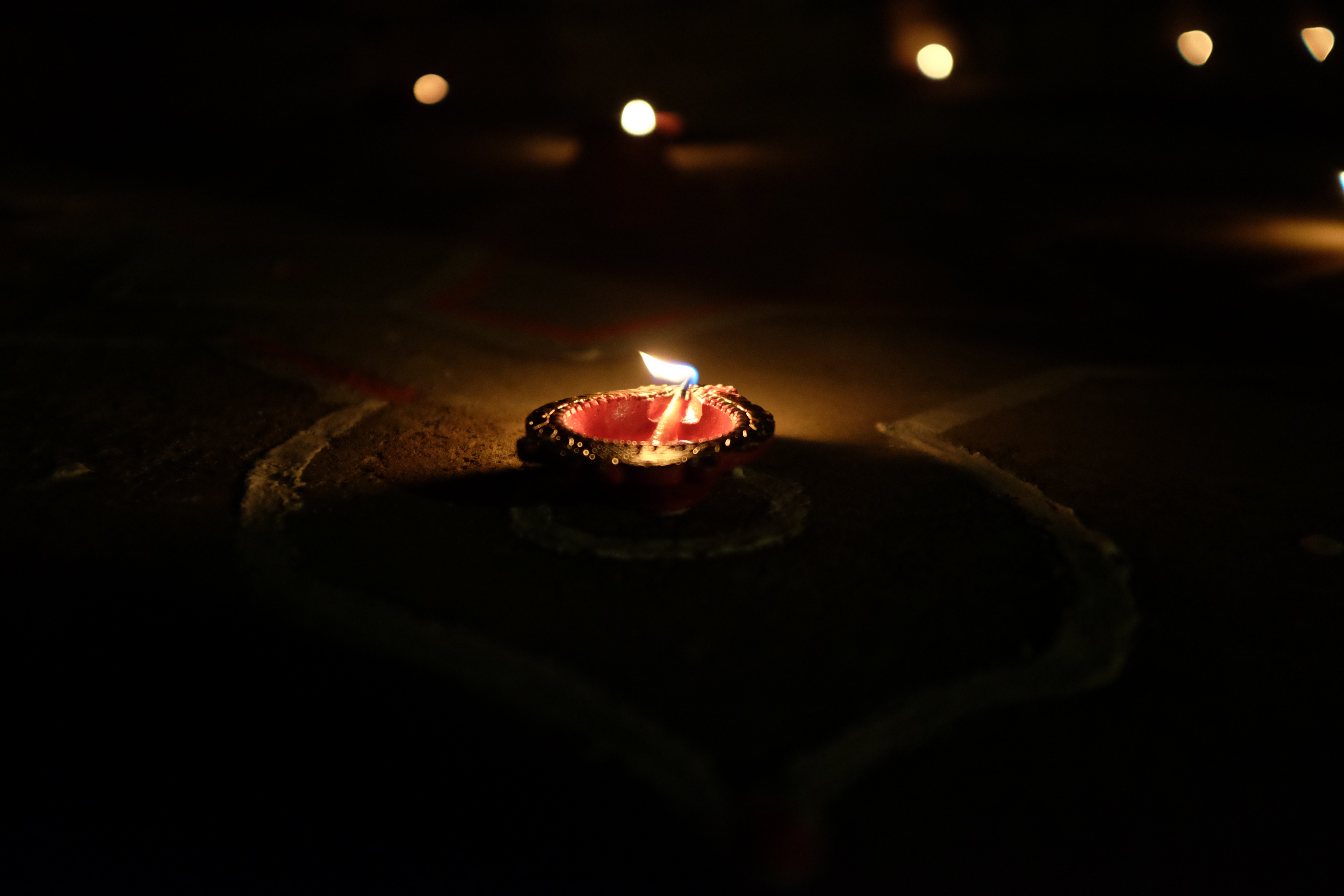 From Darkness to light: Chants for Meditation